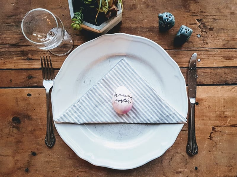 Planning menus for your Easter event? Grab some expert advice about easy hosting, in-season ingredients, outdoor catering & thinking outside the box. Includes tips for attracting the crowds when looking for external caterers.